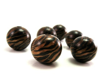 Large Wooden Beads Black and Brown Zebra large round beads 32pcs  (PB207A) - Flat rate shipping