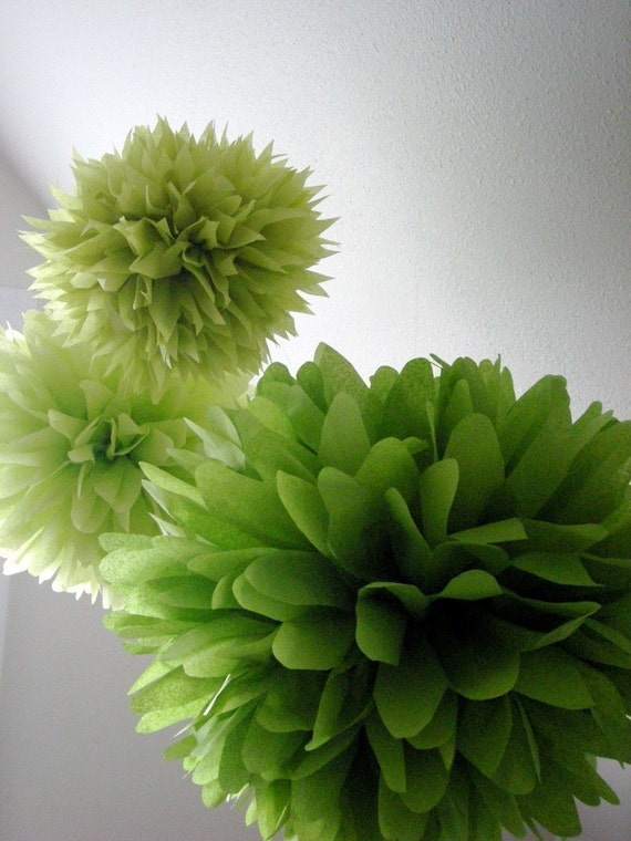 Greenery tissue paper poms set of pantone theme