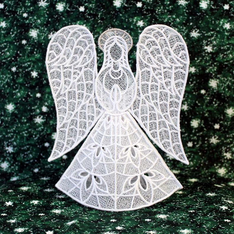 Heather Lace Angel Tree Topper With Silver Halo image 0