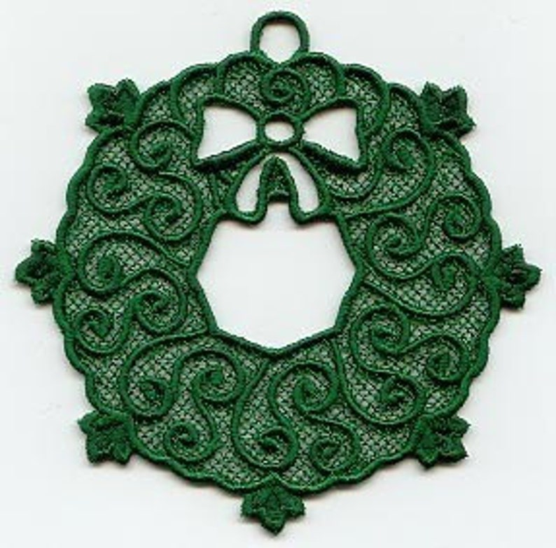 Green Wreath Lace Ornament image 0
