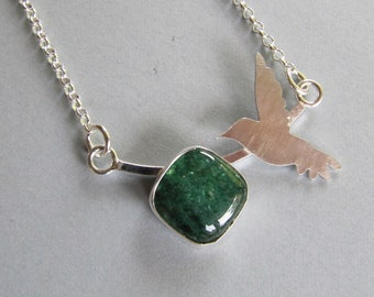 Handmade necklace of Aventurine and Hummingbird in Sterling Silver