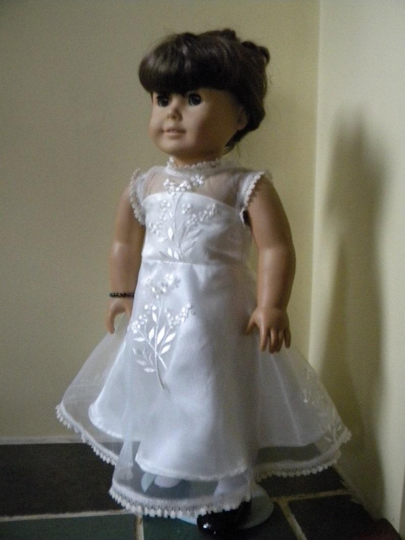 wedding dress for 18 inch doll