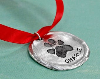 Round Ornament with your Pawprint