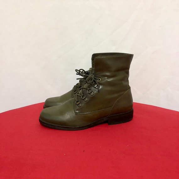 Vintage Ankle Boots. Size 6 Army Green Genuine Lea