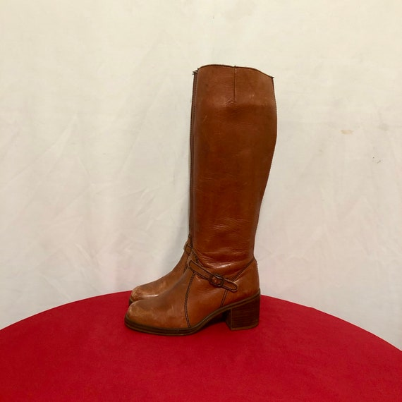 Vintage Go Go Boots. Size 5.5B Tall Brown Genuine