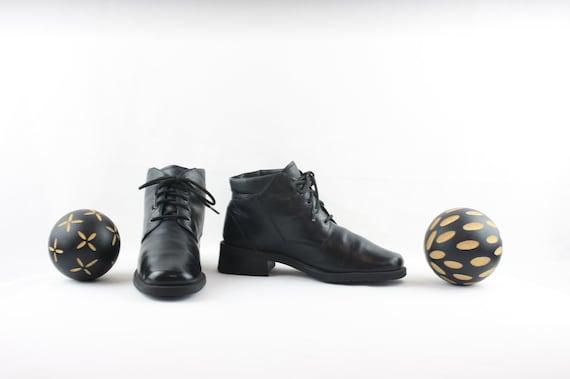 Vintage Ankle Boots. Size 6 Short Black Genuine L… - image 1