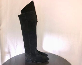 Sz 9 M Vintage Tall black Genuine Suede/Leather 1980s Women Flat Pull On Thigh High Slouch Boots.