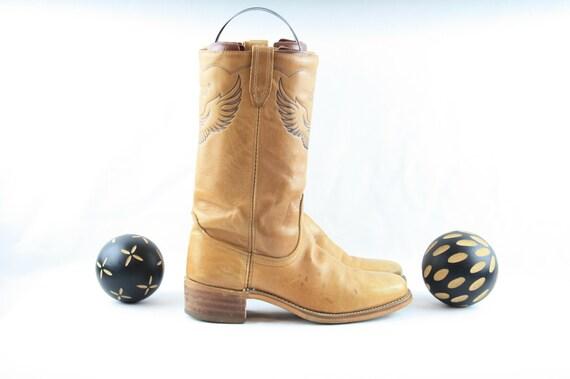 Size 9 Boots-Vintage Mens Dingo Boots-Men's. Vinta