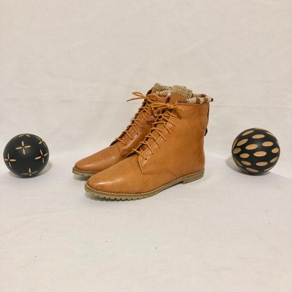 Vintage Ankle Boots. Sz 8.5M Short Burnt Orange Ge
