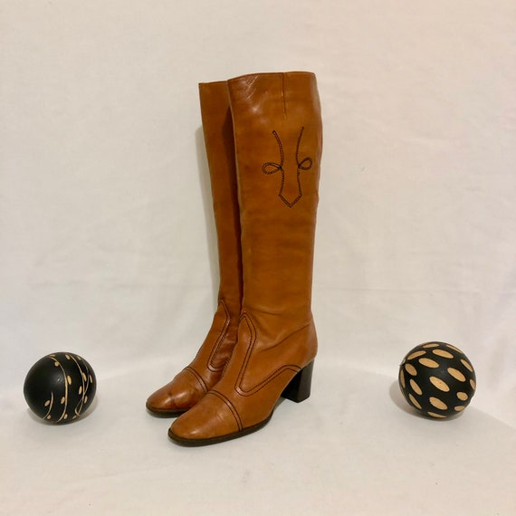 Vintage Go Go Boots. Size 7N Tall Burnt Orange Gen