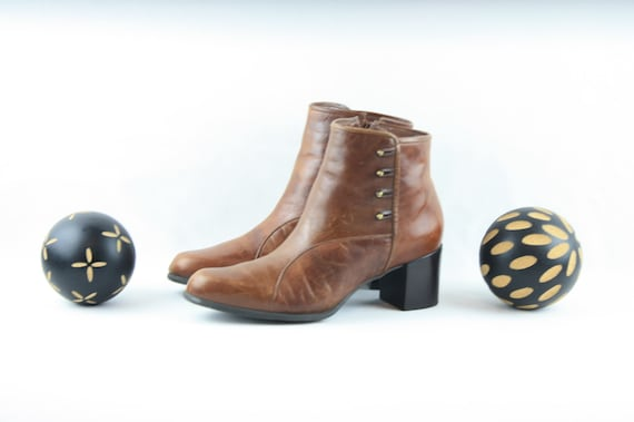 Size 8 Vintage Boots-Vintage Womens Boots-Women An
