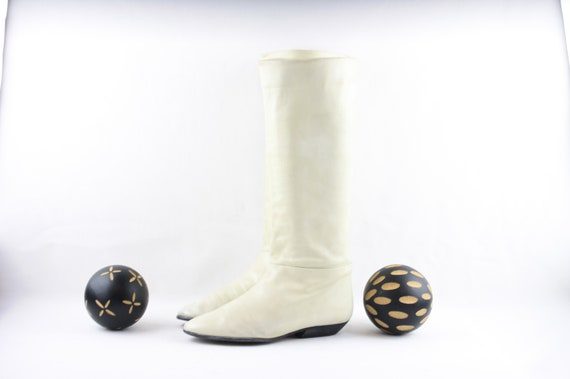 Vintage Womens Wear-Tall Eggshell White Boots-Wome