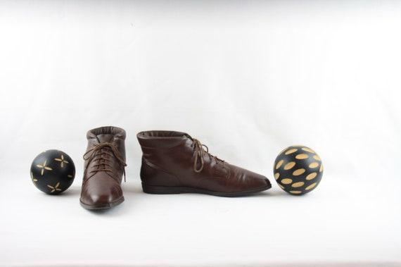 Vintage Women Ankle Boots-Sz 7.5 Lace-Up Boots-19… - image 3