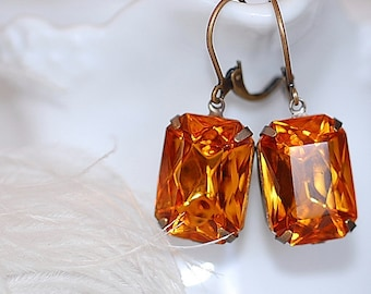 FREE SHIPPING Estate Earrings Honey Topaz  Retro Old Hollywood Bridal Rhinestone Glass Jewel VIntage