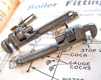 Men's Cufflinks Steampunk Pipe Wrenches Miniature Metal Tools Wrench Cufflinks Antiqued Silver Rustic Finish