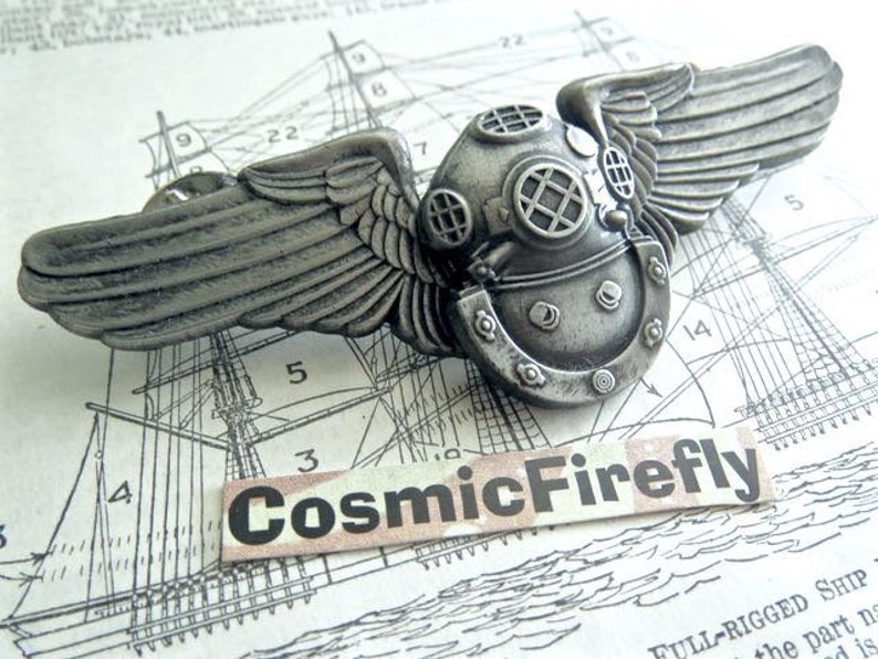 Steampunk Pin Nautical Diving Helmet Cosplay Pilot Wings Metal image 0