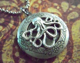 Silver Locket Necklace Vintage Inspired Antiqued Silver Octopus Locket Jewelry Round Locket Octopus Necklace Primitive Steampunk Necklace