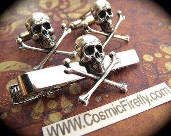 Small Skull Cufflinks & Skull Tie Clip Men's Cufflinks Gothic Victorian Steampunk Cufflinks Pirate Cufflinks Silver Plated Metal