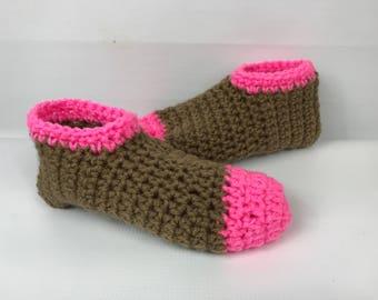 Crochet booties, pink and brown cafe latte Slippers, Sock Booties, handmade booties, women slippers, slip ons, women's gift, women's booties