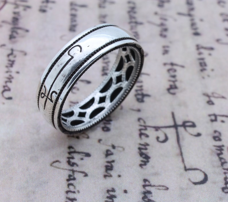 Invisibility Ring Occult Magic Ring Grimoire Witch Jewelry image 0