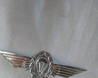 Vintage Winged Air Ballon Pin Pilot Wings ? 4 inch