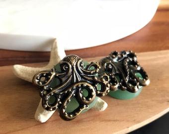 """One of a Kind Pair of Green Jade and Steampunk Octopus Plugs - Steam Punk Kraken - Gauges - Handmade - 1"""" (25mm) OOAK"""
