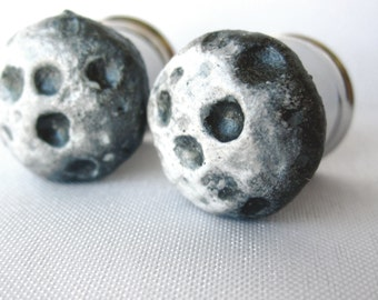 "Pair of Hand-Molded Full Moon Plugs - 2g, 0g, 00g, 7/16"", 1/2"", 9/16"", 5/8"", 3/4"", 7/8"", 1"", 28mm, 30mm, 32mm (6mm-32mm)"