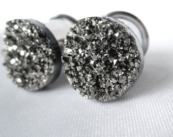 """Pair of One of a Kind Gunmetal Silver Druzy Plugs - Bohemian Plugs for Stretched Ears -2g, 0g, 00g, 7/16"""", 1/2"""" (6mm, 8mm, 10mm, 11mm, 12mm)"""
