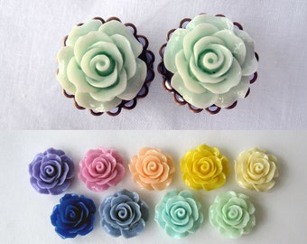 """Pair of Rose Plugs on Antique Brass Filigrees - Girly Formal Gauges - 7/16"""", 1/2"""", 9/16"""", 5/8"""", 3/4"""" (11mm, 12mm, 14mm, 16mm, 19mm)"""