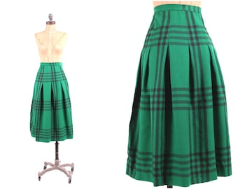 vtg 1950s plaid skirt high waist green + black wool pinup fitted vintage midi school girl SM