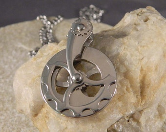 Stainless Steel Swinging Gear Necklace