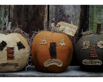 Primitive halloween pumpkins pattern/ FORGOTTEN PUMPKINS PATTERN/pdf instant download/faces/fall/Jacks/