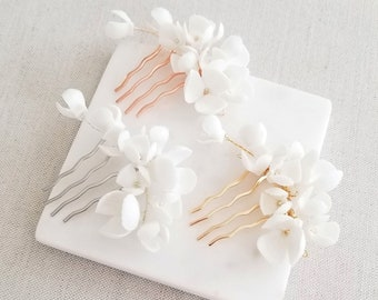 Wedding Hair Comb Porcelain Flowers, Small Gold Floral Wedding Hair Comb, Clay Flower Bridal Hair Comb