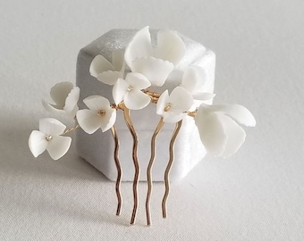 Gold Wedding Hair Comb Porcelain Flowers, Small Gold Floral Wedding Hair Comb, Clay Flower Bridal Hair Comb