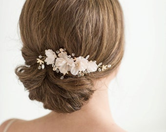 Bridal Hair Comb, Wedding Headpiece, Floral Crystal Hair Comb, Gold Blush Pink Wedding Comb, Bridal Floral Hairpiece