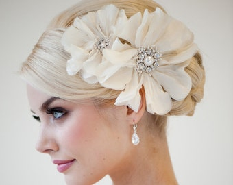 Bridal Head Piece, Bridal Fascinator, Wedding Hair Accessory, Bridal Flower Hairclip - Rhianna