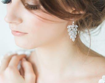 Wedding Earrings, Brides's Earrings, Cubic Zirconia Wedding Earrings, Bridal Earrings, Chandelier Bridal Earrings