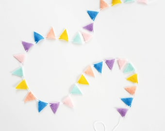 Oh The Places You'll Go Bunting - Custom Triangle Banner - Dr Seuss Party Banner - Hot Air Balloon Garland - Seuss Baby Shower