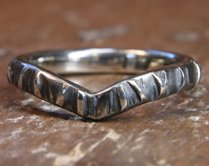 Eco Gothic 2.5mm wide wishbone shaped wedding ring. Hand made in the UK