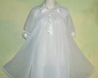 L Henson Kickernick 60s White Negligee Gown Peignoir Set Satin Trim White  Double Layer Chiffon Mad Men Babydoll Honeymoon Wedding Trousseau 278cf1de0