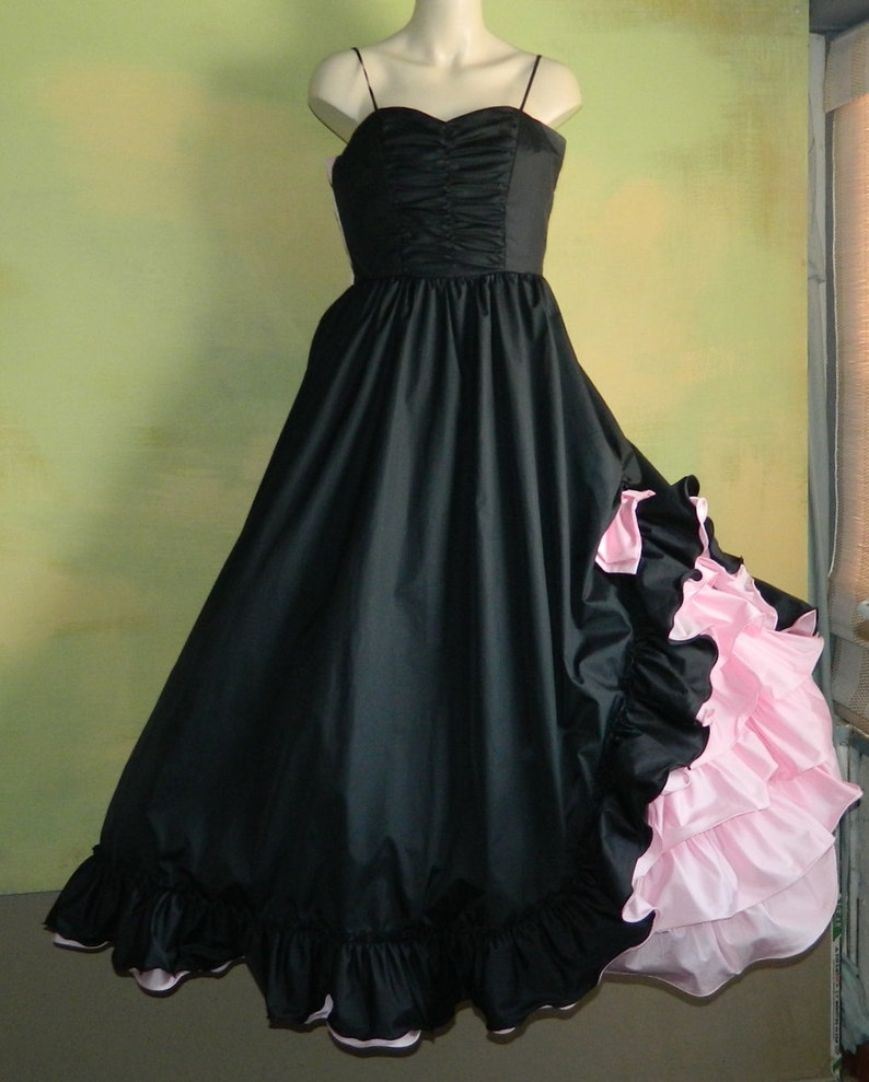 85f61adca0e2 M L 70s Black and Pink Taffeta Ball Gown Black and Pink Prom | Etsy