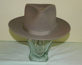 Size 7 1940s 40s Mallory Fedora  The Mallory Ten Gangster Hat Gray Fedora Sax Fifth Avenue New York Tear Drop Crown Cleaned and Blocked