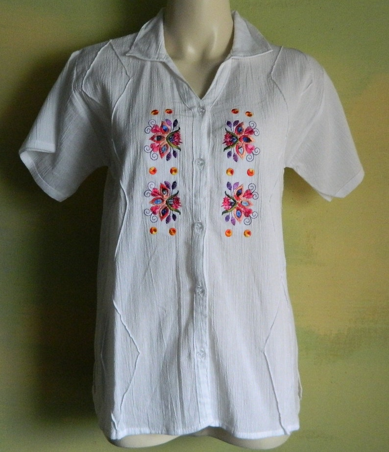 03fb557f S Vintage White Embroidered Cotton Summer Button Down Short | Etsy