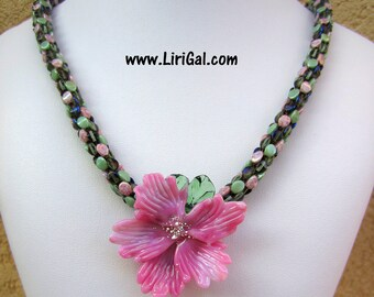 Pink Flower Beaded Necklace
