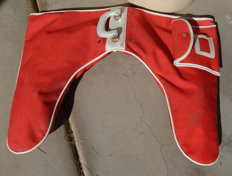Vintage Red Ice Skate Tote Carrier Ladies Free Shipping