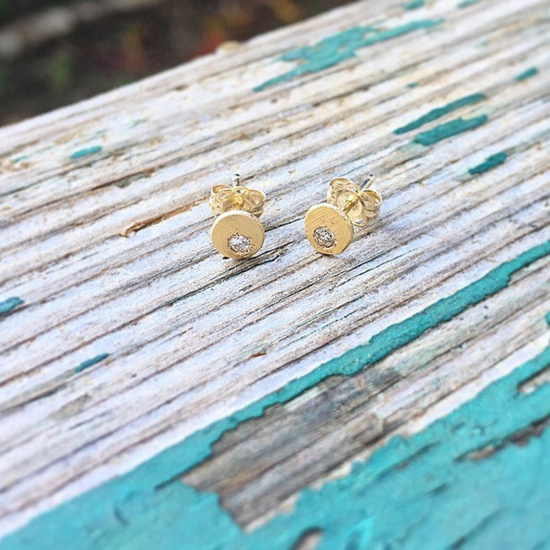 Textured Chunk Studs with Stone in 14ky Gold with Diamond