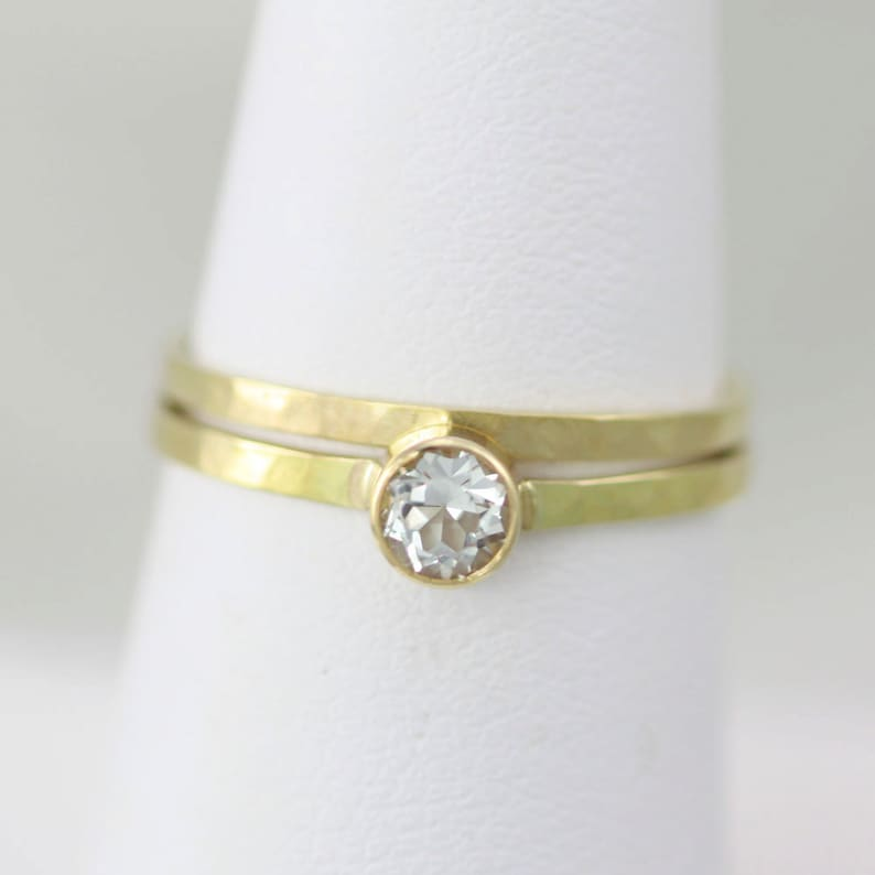4mm Hammered Wedding Ring Set 14ky Gold with White Topaz