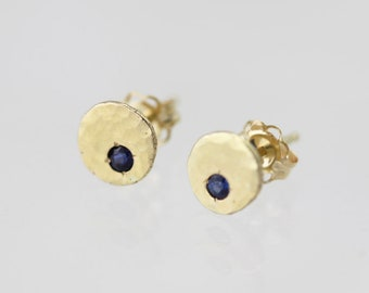 Hammered Chunk Studs with Sapphire, XS in 14k Yellow Gold