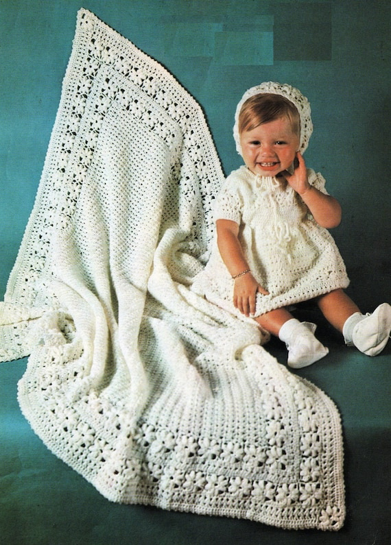 PRETTY BABY SHAWL DRESS IN 2 LENGTHS /& BONNET IN 2-PLY CROCHET PATTERN