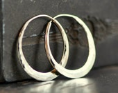 classic oval hoops in hammered 14k gold,  solid 14k gold hoops endless style, eco friendly jewelry